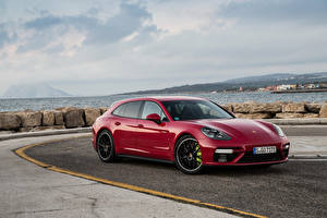 Pictures Porsche Red Metallic 2017 Panamera Turbo S E-Hybrid Sport Turismo Worldwide Cars