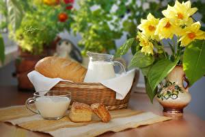 Bilder Stillleben Sträuße Brot Milch Vase Weidenkorb Tasse
