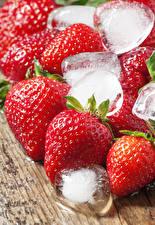 Fotos Erdbeeren Großansicht Eis Lebensmittel