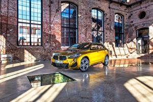 Wallpapers BMW Gold color CUV F39 Cars