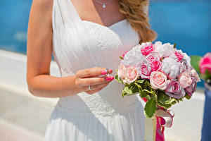 Picture Bouquets Roses Wedding Hands Jewelry ring Flowers