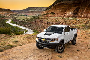 Hintergrundbilder Chevrolet Weiß Pick-up 2017 Colorado ZR2 Extended Cab