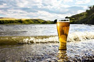 Fotos Küste Wasserwelle Bier Trinkglas Lebensmittel
