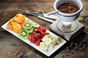 Images Fruit Chocolate Apricot Chinese gooseberry Strawberry Bananas Coffee Boards Food