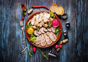 Bilder Fleischwaren Brot Peperone Radieschen Bretter Teller Geschnitten Gabel Lebensmittel