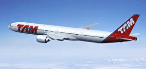 Fotos Flugzeuge Verkehrsflugzeug Boeing Flug 777-300ER Luftfahrt