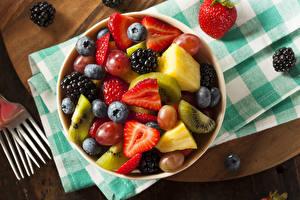Image Salads Fruit Strawberry Blackberry Blueberries Food