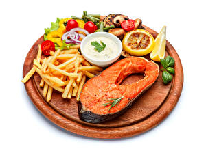 Wallpapers Seafoods Fish - Food Finger chips Vegetables Lemons Salmon White background Cutting board Food