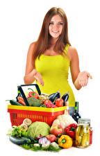 Hintergrundbilder Gemüse Obst Weißer hintergrund Braunhaarige Lächeln Hand Einweckglas Mädchens Lebensmittel