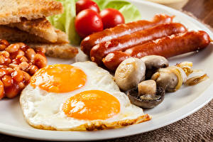 Hintergrundbilder Wiener Würstchen Pilze Spiegelei das Essen