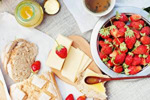 Hintergrundbilder Brot Honig Käse Erdbeeren Frühstück