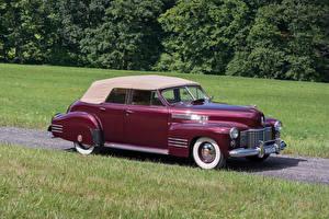 Bilder Cadillac Antik Bordeauxrot Metallisch 1941 Sixty-Two Convertible Sedan Deluxe Autos