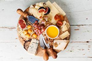 Hintergrundbilder Käse Honig Weintraube Echte Feige Schalenobst Bretter Schneidebrett