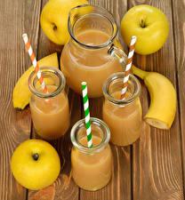 Bilder Cocktail Bananen Äpfel Bretter Kanne Trinkglas Lebensmittel