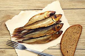 Fotos Fische - Lebensmittel Brot Bretter Essgabel Lebensmittel