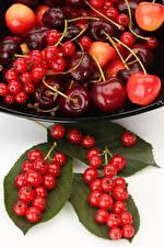 Bilder Obst Johannisbeeren Kirsche Blattwerk Lebensmittel