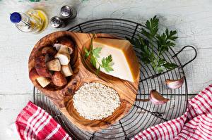 Fotos Pilze Käse Knoblauch Gewürze