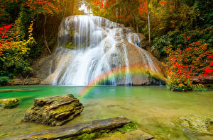 Sfondi desktop Thailandia Tropici Cascate Pietre Arcobaleno Il dirupo Ngao district Natura
