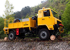 Wallpapers Lorry Yellow Uromac T-Rail SV automobile