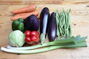 Hintergrundbilder Gemüse Kohl Aubergine Mohrrübe Paprika Bretter