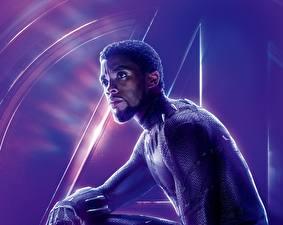 Bilder Avengers: Infinity War Mann Neger Chadwick Boseman Film Prominente