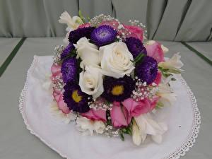 Hintergrundbilder Blumensträuße Rose Freesie Astern Blumen