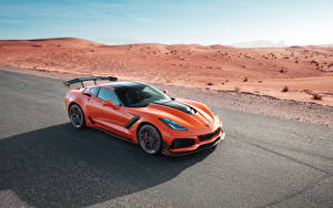 Fotos Chevrolet Orange Metallisch 2019 Corvette ZR1 Autos