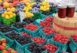 Hintergrundbilder Himbeeren Brombeeren Obst Pflaume Powidl Weckglas