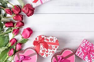 Fotos Rosen Valentinstag Geschenke Herz Blumen