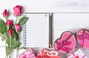 Fotos Rosen Valentinstag Notizblock Herz Schleife Vorlage Grußkarte Blumen