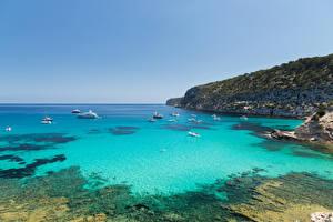 Hintergrundbilder Spanien Küste Schiff Bucht Formentera Pityusic Islands Natur