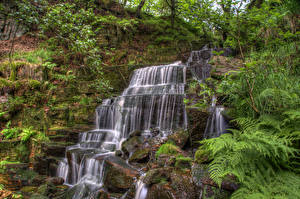 Bilder England Wasserfall Steine HDR Felsen Laubmoose Hatch brook waterfall