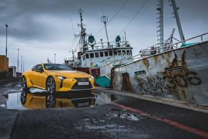 Hintergrundbilder Lexus Gelb Metallisch 2017 LC 500 Autos