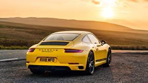 Hintergrundbilder Porsche Gelb Hinten Coupe 911 2018 Carrera T Autos