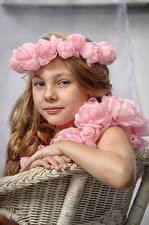 Pictures Roses Little girls Model Glance Children