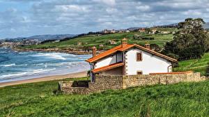 Hintergrundbilder Spanien Haus Küste Gras Oyambre Cantabria Städte