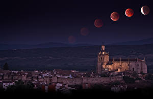 Pictures Spain Houses Temples Night time Moon Coria Extremadura Cities