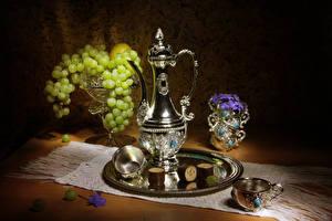 Bilder Stillleben Weintraube Kanne Tasse Lebensmittel