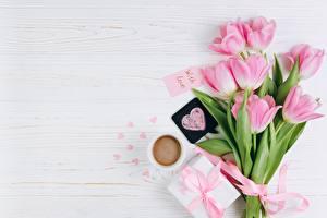 Papéis de parede Tulipas Dia dos Namorados Cor-de-rosa Coração Flores