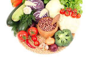 Fotos Gemüse Tomate Dill Zwiebel Knoblauch Kohl Weißer hintergrund