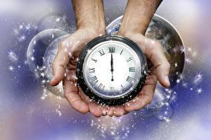 Hintergrundbilder Uhr Neujahr Hand Schneeflocken