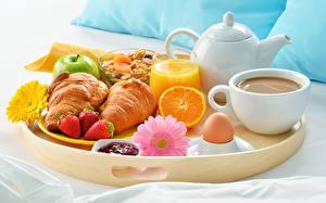 Wallpapers Coffee Juice Croissant Strawberry Gerberas Breakfast Cup Highball glass Eggs Food
