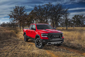 Bilder Dodge Pick-up Rot Metallisch 2019 Ram 1500 Rebel Quad Cab Autos