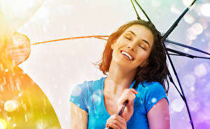 Hintergrundbilder Finger Braune Haare Lächeln Regenschirm Mädchens