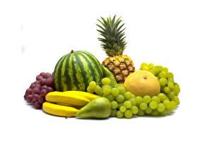 Fotos Obst Wassermelonen Weintraube Bananen Birnen Melone Ananas Weißer hintergrund