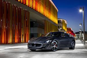 Bilder Maserati Grau Metallisch 2013-17 GranTurismo MC Stradale Worldwide Pininfarina Autos