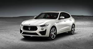 Fotos Maserati Weiß Metallisch 2018 Levante GTS Worldwide Autos