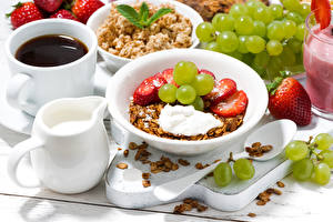 Wallpapers Muesli Strawberry Grapes Coffee Milk Breakfast Plate Cup Food