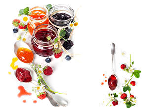 Pictures Fruit preserves Strawberry Blackberry Blueberries White background Jar Food