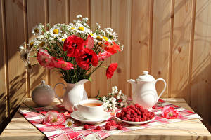 Wallpapers Still-life Bouquet Poppies Camomiles Tea Raspberry Kettle Vase Cup Flowers Food